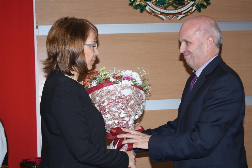 Областният управител инж. Георги Ранов откри първото заседание на Общинския съвет в Казанлък